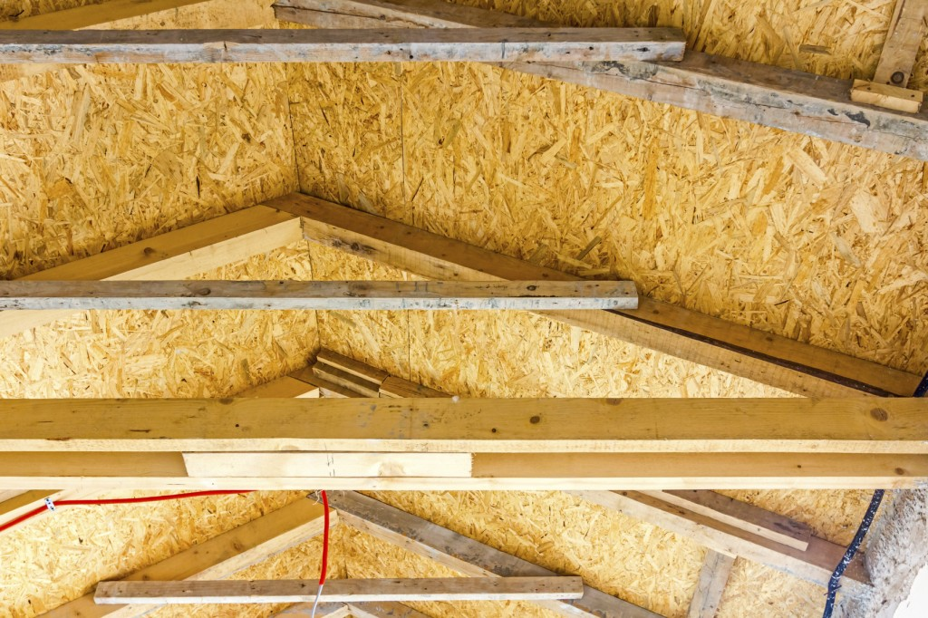 Thermal insulation material - plywood, roof in attic